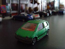 Majorette renault twingo model cars 165267bd 8517 4af0 83f2 1c7c99cd7707 medium