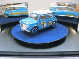 Bburago street fire rover mini cooper model cars c8133c6e 5a64 4ae4 a15b 8a9424a0aa66 medium