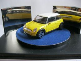Bburago street fire mini cooper model cars 7c8bb64d 4814 40de 932b 1a70cd5a2d41 medium