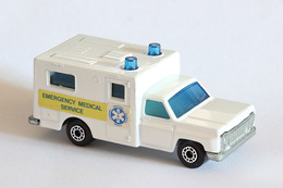 Matchbox superfast ambulance model cars 7de8d4be b035 48b0 a256 88dcddafcaa4 medium