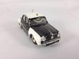Renault Dauphine Police | Model Cars
