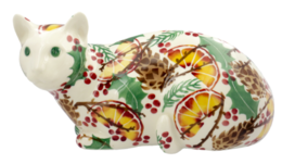 Collectors Holly Wreath Lying Down Cat | Ceramics | Collectors Holly Wreath Lying Down Cat