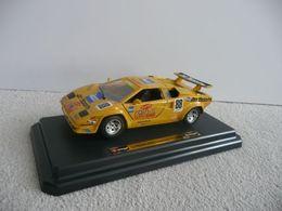 Bburago 1%253a24 kit collezione lamborghini countach gt model cars 1d986542 d253 4f4c b036 9926a54b25a1 medium