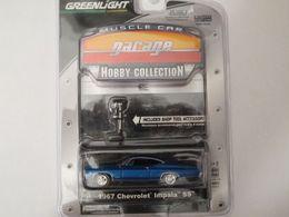 Greenlight muscle car hobby collection chevrolet impala ss 1967 model cars 62b3d141 fec3 4280 a17b ceaf256604ec medium