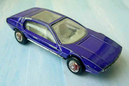 Lamborghini marzal model cars 50563aeb e60f 4899 9a4f bb758c6a5a6d medium