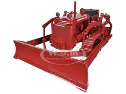 International TD-14 Diesel Crawler with Blade | Model Farm Vehicles & Equipment