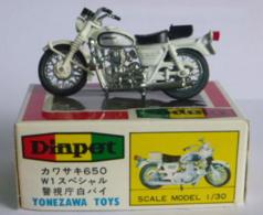 Kawasaki 650 W1 | Model Motorcycles