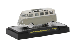 1962 VW Microbus Deluxe USA Model | Model Buses