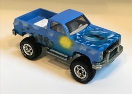 Surf%2527s up model trucks 9e0953c5 95c2 42bb 99d6 54ba4a1a86e4 medium