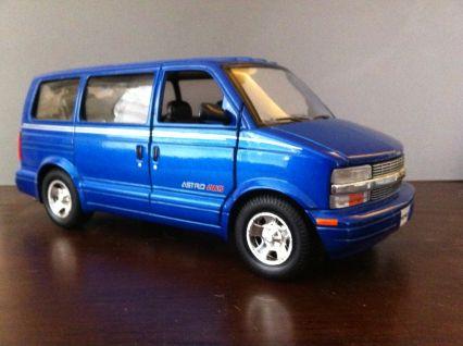 Sunnyside Chevrolet Astro Lt Awd Model Cars E D B A E B C A