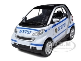 Smart for two nypd police car model cars 2ce1929b e458 407f 8888 8a908b4cbbb9 medium
