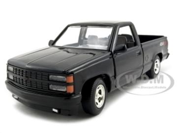 1992 Chevrolet 454 SS Pickup | Model Trucks | hobbyDB