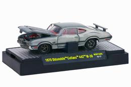 1970 oldsmobile cutlass 442 w 30 super chase model cars 4b500823 ff3e 47a4 ba30 d83b31062bc6 medium
