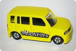 Tomica mooneyes collection toyota bb model cars 009654f2 4035 40d6 962c 9d2ef4022e0c medium