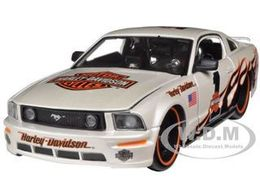 2006 Ford Mustang GT   Model Cars