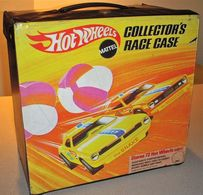 1969 Hot Wheels 72 Car Collector Race Case (Snake & Mongoose) | Carrying & Storage Cases