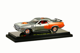 1971 plymouth hemi cuda super chase car  model cars 88ba3766 d538 430a 856a 07886fe4dba0 medium