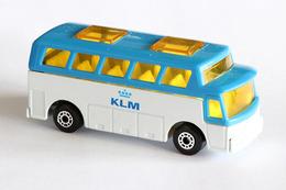 Matchbox 1 75 series airport coach model cars bebf844e d4ba 44f6 9113 596b081a3b3f medium