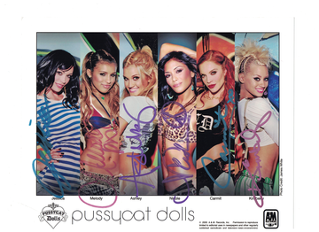 "Pussycat Dolls--""Nicole Scherzinger"" Authgraphs with C.O.A. 