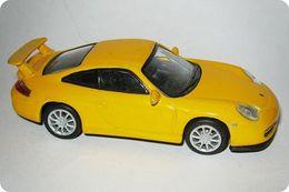 Kyosho 1%252f64 porsche collection porsche 911 gt3 model cars 62f25a62 3c85 4e8d 8b7f 0446df782231 medium