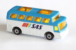 Matchbox 1 75 series airport coach model cars fbae81db 79a6 4ad4 b1eb 547e966afa19 medium