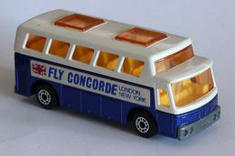 Matchbox 1 75 series airport coach model cars 2b452e75 cbf8 4e0b 8c2b f494030676e1 medium
