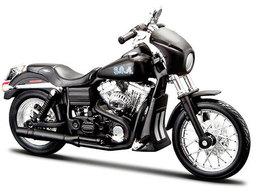 Tig Trager's 2006 Harley-Davidson FXDBI Dyna Street Bob Bike | Model Motorcycles