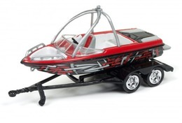 Boat on Trailer | Model Trailers & Caravans