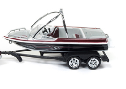 Malibu Boat on Trailer | Model Trailers & Caravans