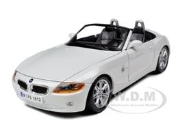 Bmw z4 model cars b1ca27de 10b5 49d6 a943 d8e8c1e67895 medium