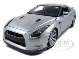 2009 nissan gt r r35 model cars 6857cc10 66b9 46e0 815b 58be81fb4efc medium