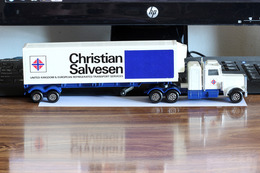 Matchbox peterbilt refrigeration truck model trucks 8ddee22b 1d26 4622 9067 73858e4132ad medium