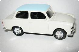 Grell trabant 601 model cars 3e13cc47 0b7d 4720 8fff baabac104bbc medium