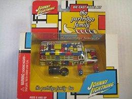 Partridge family bus model bus kits 4aaa974a 0faa 4dbf 9063 d94e22cd025c medium