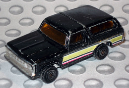 Ford bronco model cars a9648a43 d956 4773 9a83 5f1d8e3236c7 medium