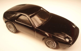 Porsche 928 model cars f9b1dbcc 439e 4992 b989 22a05098977e medium