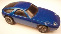 Porsche 928 model cars 930be681 ef78 4f5d bd16 19a5d458ff8e medium