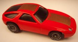 Porsche 928 model cars 67bcdb18 8724 4a2c a7c5 741a9967a003 medium