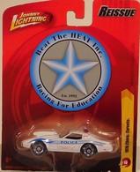 1976 chevy corvette model cars 08020026 9ed8 47e7 a1f1 9fa4917383cb medium