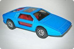 Siku eurobuilt maserati boomerang model cars 56c14cac aae4 4d06 9b70 340035bf8348 medium