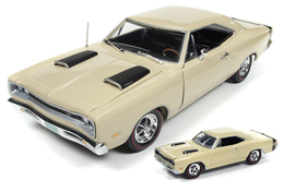 1969 Dodge Coronet Super Bee 1/18 and 1/64 2-Pack | Model Vehicle Sets