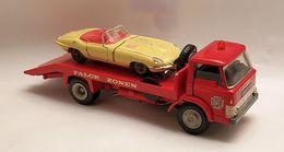 Ford d800 falck zonen flatbed model trucks f277ee21 f278 4277 99c4 83b4ebd2be8f medium