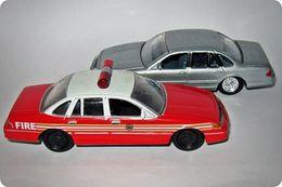 Playing mantis johnny lightning american heroes ford 1996 crown victoria model cars fc7aa002 8a7c 419e 8da9 03b1064f21b5 medium