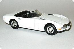 Toyota 2000 GT   Model Cars