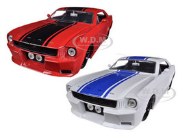 1965 Ford Mustang 2 Car Set | Model Vehicle Sets