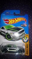 Ford shelby gt350r model cars c8d565b2 8ab4 4665 b75f 2ee07507f1d6 medium