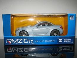 Mercedes benz  slk model cars 4c60a426 5af8 4991 95e9 ddde0c55faf5 medium