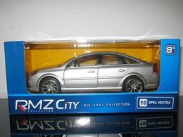 Opel vectra model cars 5b62e9e8 98f3 4570 8d09 30026db99b35 medium