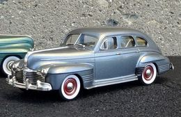 1941 Pontiac Torpedo Streamliner Sedan | Model Cars | photo: JCarnutz