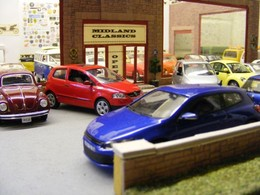Showroom Diorama | Dioramas | Across the forecout and into the Showroom, now glazed and complete.